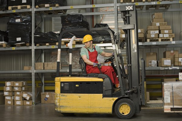 Fork Lift Truck Driver Training  Woman
