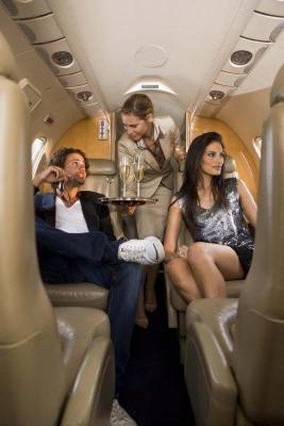 Flight Attendant Career Objectives  Woman