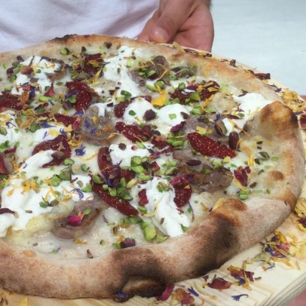 10 Best Pizza Places In Chicago