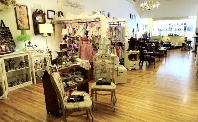 Verona Is The Best Town In Virginia For Antique Shopping