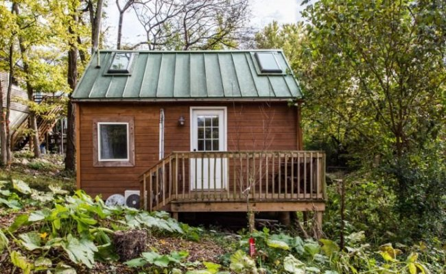 This Tiny House In Nashville Is The Most Popular Airbnb In