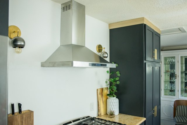 How to Install Ductless Range Hoods  eHow
