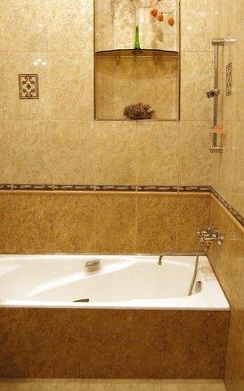 Tile Ideas Around a Fiberglass Bathtub Insert  eHow