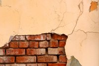 How to Create a Faux Exposed Brick Wall Using Veneer | eHow