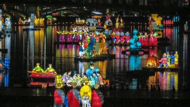 Lotus-Lantern-Festival-In-Seoul-Korea-9