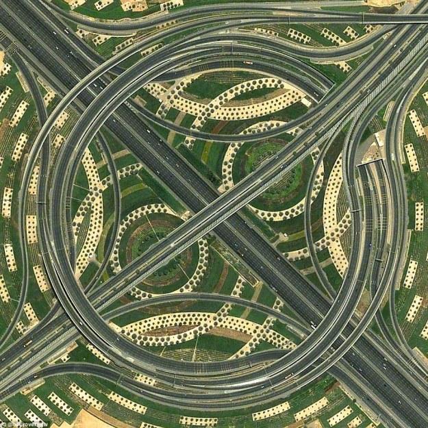 3. Whirlpool interchange, Dubai, UAE
