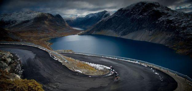 6) Atlantic Road through Norway 2