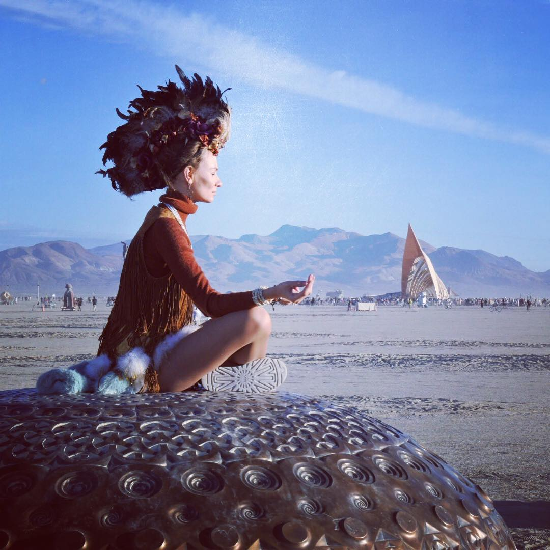 See Crazy Surreal Photos And Videos From Burning Man 2015 Brain Berries