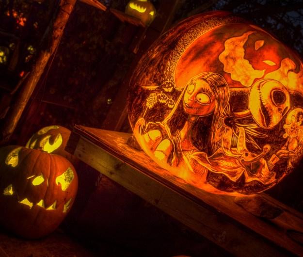 Mindblowing Halloween Pumpkin Carvings 29