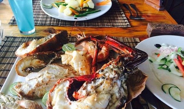 25 World's Best Restaurant Views 64