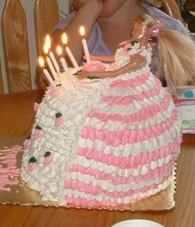 worst_disney_cake_fails_16