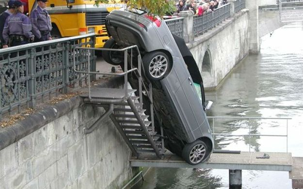 freakiest_car_crashes_10