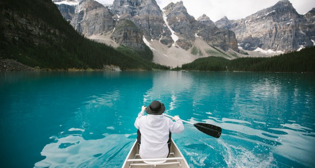 14-most-gorgeous-lakes-on-the-planet-028