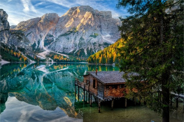 14-most-gorgeous-lakes-on-the-planet-034