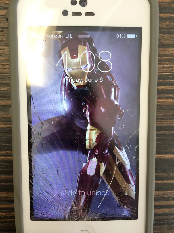 creative-wallpapers-to-cover-up-your-cracked-phone-screen-05