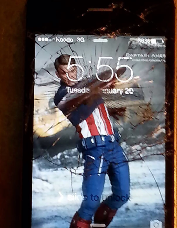 creative-wallpapers-to-cover-up-your-cracked-phone-screen-17