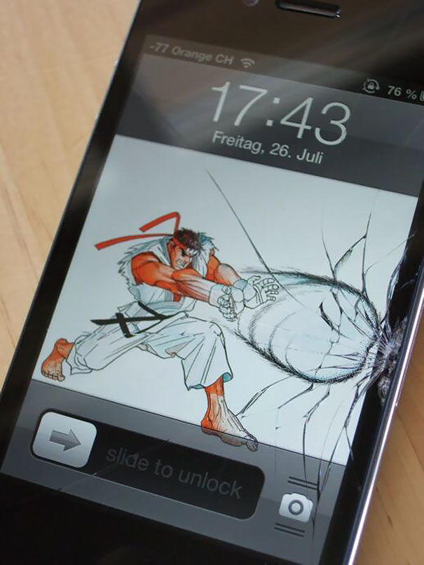 creative-wallpapers-to-cover-up-your-cracked-phone-screen-20