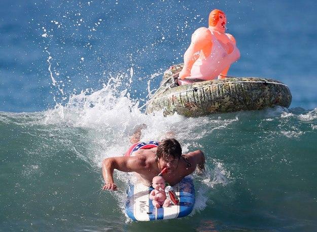 annual-surf-costume-contest-in-santa-monica-ca-06