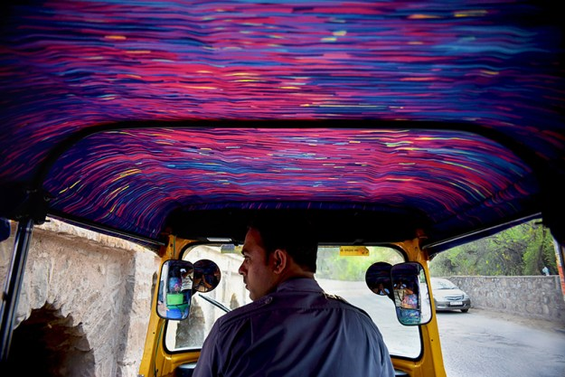 extraordinary-mumbai-taxis-that -will-blow-your-mind-04
