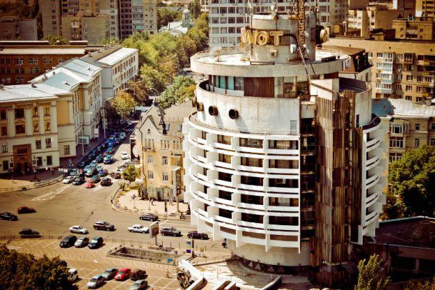 top-15-fantasticheskih-zdaniy-sovetskoy-arhitectury-13