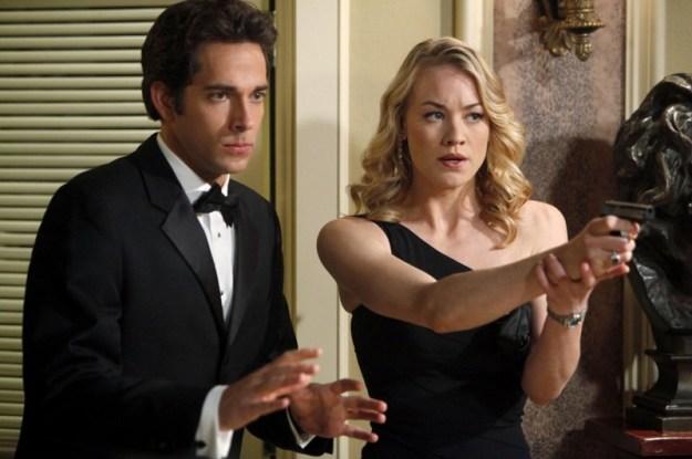 Chuck și Sarah, Chuck  | 11 Personaje TV care au avut întâlniri cu oameni care nu erau la același nivel cu ei | Brain Berries