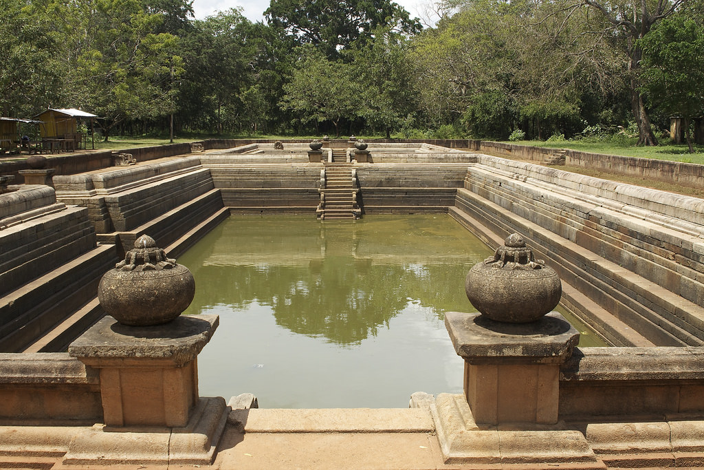 6 Oldest Swimming Pools In The World #5 | Brain Berries