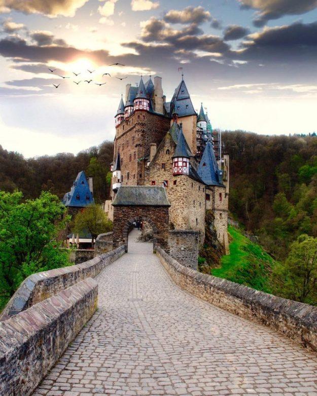 замок Эльц, Германия   10 красивейших мест в Европе, о которых почти ничего не знают туристы   Brain Berries