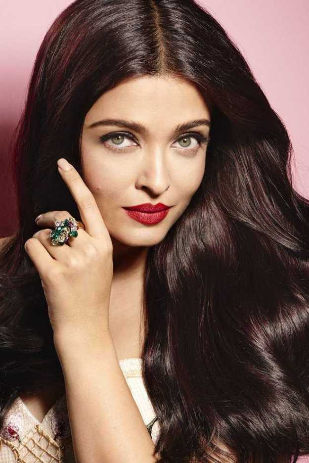 Aishwarya Rai | 9 Bollywood Stars Who Hate Each Other In Real Life | Brain Berries