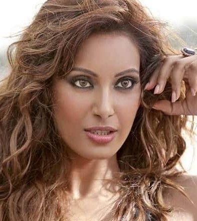 Bipasha Basu | 9 Bollywood Stars Who Hate Each Other In Real Life | Brain Berries