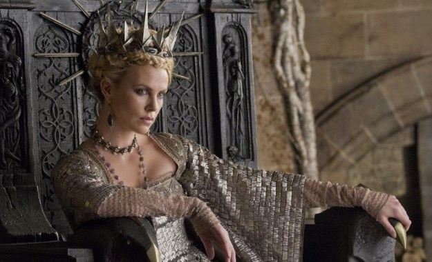 Snow White Charlize Theron | 12 Actors Who Always Play Villains |  Brain Berries