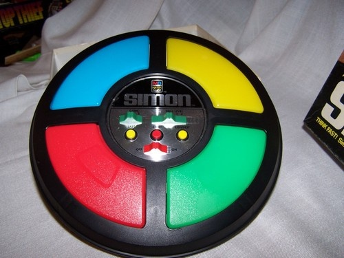 Simon Game   8 Best 1980s Gadgets that Defined a Decade  Brain Berries
