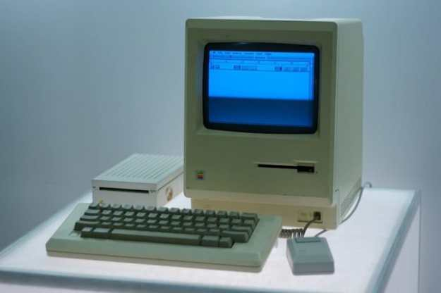 The Apple Macintosh 128k   8 Best 1980s Gadgets that Defined a Decade  Brain Berries