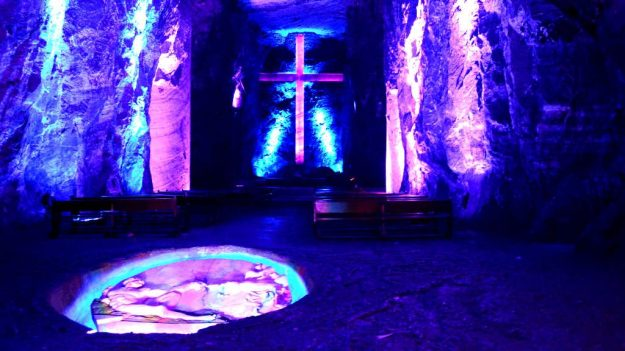 The Salt Cathedral of Zipaquirá, Zipaquirá, Colombia   17 Astonishingly Beautiful Cave Churches Around The World   Brain Berries
