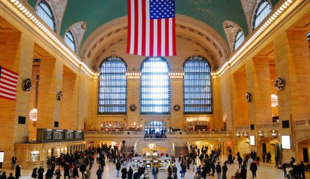 Grand Central Terminal, New York inside | 7 Most Asntonishing Train Stations in the World | Brain Berries