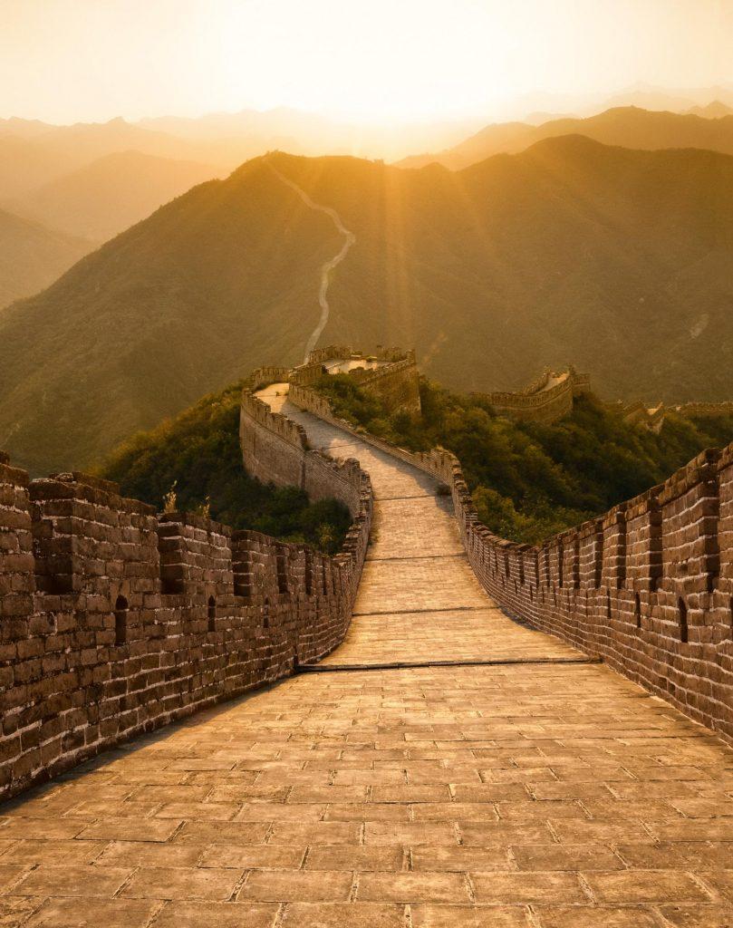 يمكن أن يكون الجدار طريقًا سريعًا |  ما هي الأسرار التي يخفيها سور الصين العظيم؟  |  التوت الدماغ