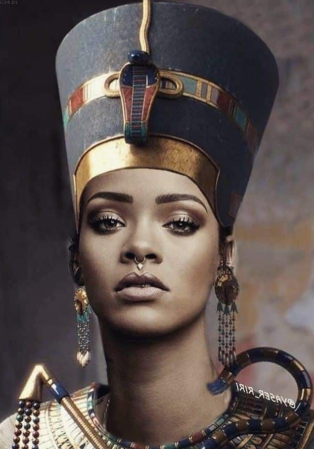 Nefertiti #2 | 7 Of The Most Famous Queens In History | Brain Berries