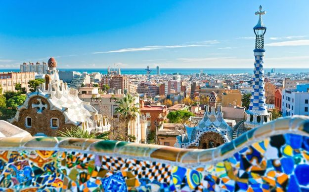Park Guell, Barcelona | 12 Most Iconic Photography Locations | Brain Berries