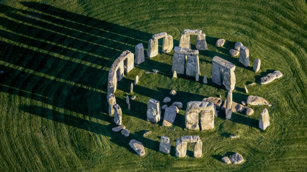 Stonehenge, England   12 Most Iconic Photography Locations   Brain Berries