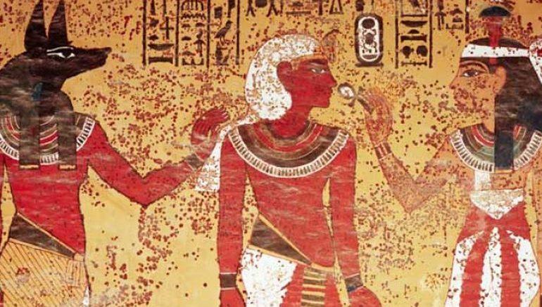 اخترعوا معجون الأسنان |  8 حقائق مذهلة عن مصر القديمة |  التوت الدماغ