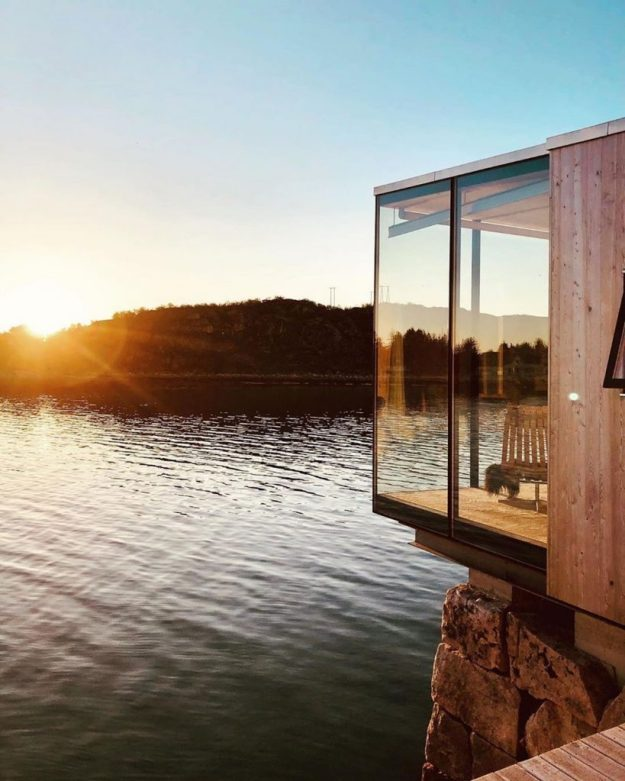 Not Sure Where To Spend Your Next Vacation? Check Out Manshausen Island #12 | BrainBerries