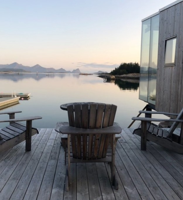 Not Sure Where To Spend Your Next Vacation? Check Out Manshausen Island #5 | BrainBerries