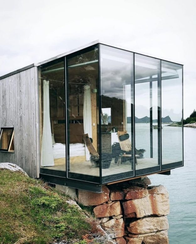Not Sure Where To Spend Your Next Vacation? Check Out Manshausen Island #6 | BrainBerries