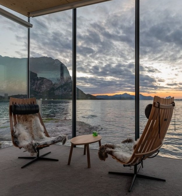 Not Sure Where To Spend Your Next Vacation? Check Out Manshausen Island #7 | BrainBerries