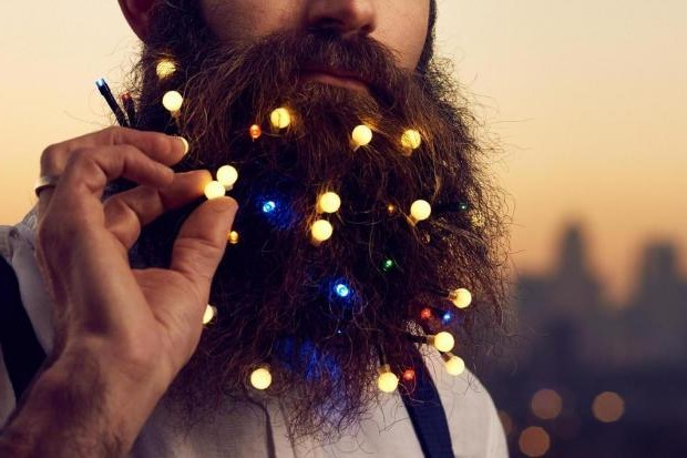 Deck Your Beard With Tiny Christmas Lights! #1 | BrainBerries