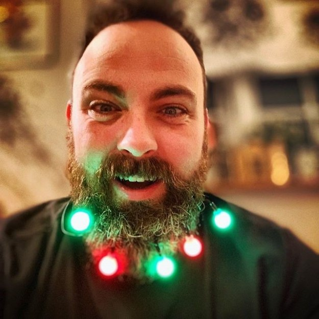 Deck Your Beard With Tiny Christmas Lights! #9 | BrainBerries