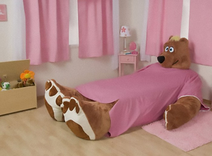Fairy tale bed | 10 Bizarre Beds You'd Never Be Able To Sleep In | Brain Berries