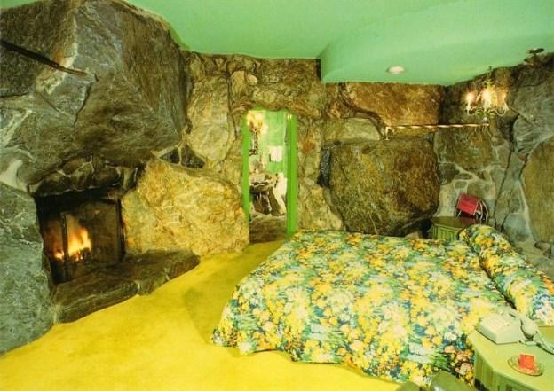 Flinstones | 10 Bizarre Beds You'd Never Be Able To Sleep In | Brain Berries