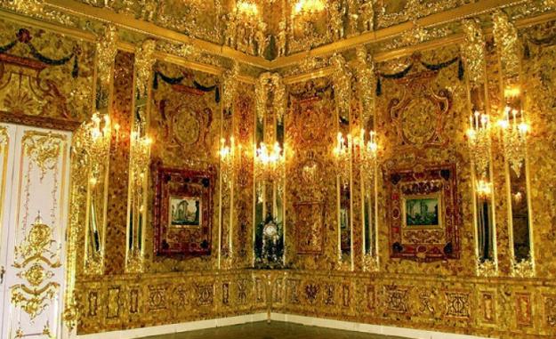 Amber Room | Top 8 Biggest Things Ever Stolen | Brain Berries