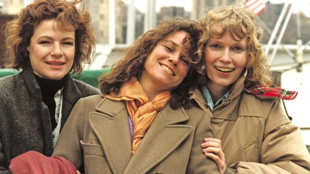 Hannah and Her Sisters | 7 Best Thanksgiving Movies Worth Watching | Brain Berries