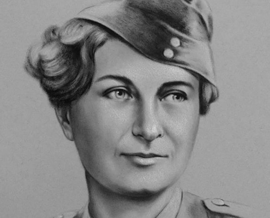 سوزان ترافرز (1909-2003) |  7 نساء بدس من الحرب العالمية الثانية |  التوت الدماغ